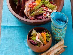 Mango-Avocado-Salat mit Pute Rezept