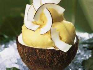 Mangoeis mit Kokos Rezept