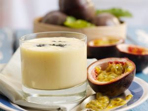 Mangosmoothie mit Maracuja Rezept