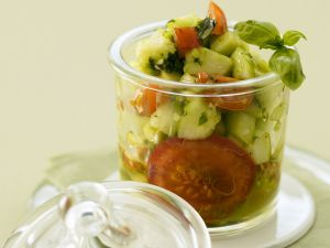 Marinierte Tomaten mit Olivenöl Rezept