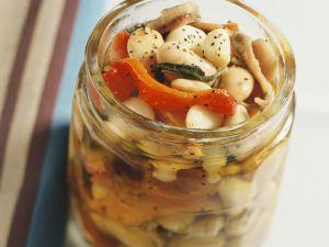 Marinierte weiße Bohnen mit Peperoni Rezept