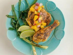 Mariniertes Hähnchen mit fruchtiger Salsa Rezept