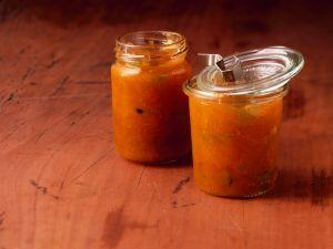 Marmelade mit Aprikosen, Gurke und Minze Rezept