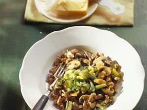 Maroni-Spätzle mit Pilzen Rezept