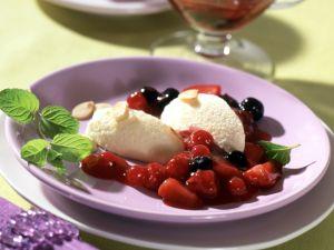 Marzipan-Schoko-Mousse mit Roter Grütze Rezept
