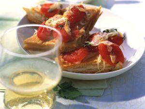 Mini-Pizzen mit Kräuter-Tomaten Rezept