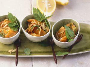 Minze-Karotten mit Zitronensoße und Mandeln Rezept