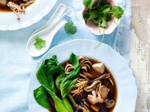 Miso-Tofu-Suppe mit Gemüse Rezept