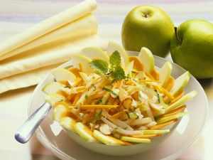 Möhren-Apfelsalat Rezept