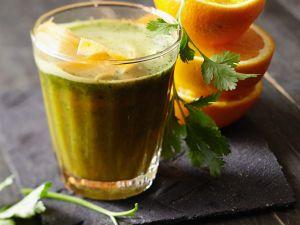 Möhren-Orangensmoothie mit Koriander Rezept