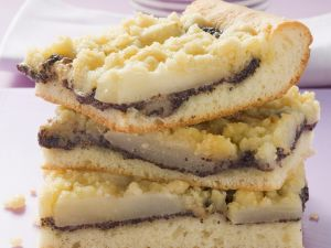 Mohnkuchen mit Birnen Rezept