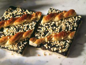 Mohnkuchen mit Mandeln Rezept