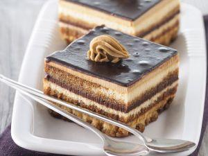 Mokkacreme-Schnitten mit Schokolade Rezept