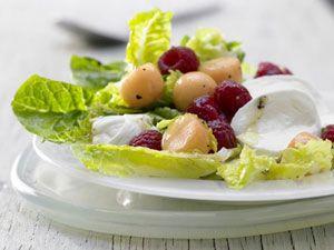 Mozzarella-Salat mit Himbeeren