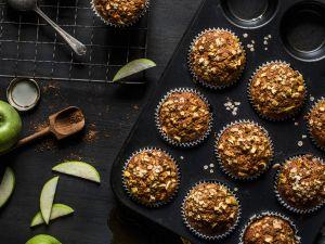Muffins mit Möhre und Apfel Rezept