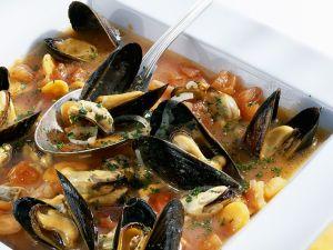 Muschelsuppe mit Gemüse Rezept