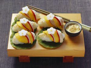 Nigiri mit Hähnchen und Mango Rezept