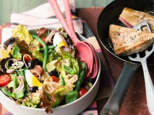 Nizza Salat mit Thunfischfilet Rezept