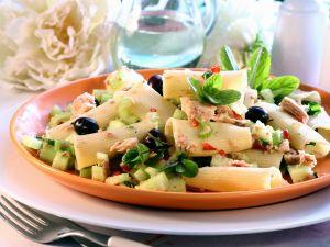 Nudel-Thunfischsalat mit Gemüse Rezept