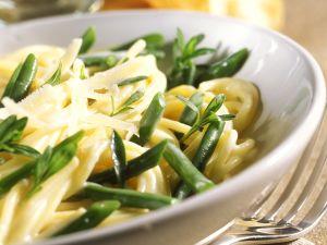 Nudeln mit Bohnen und Parmesan Rezept