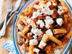 Nudeln mit Tomaten und Schafskäse Rezept