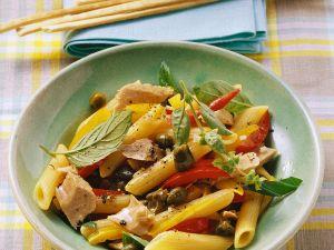 Nudeln mit Tunfisch und Paprika Rezept