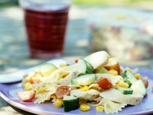 Nudelsalat mit Huhn Rezept