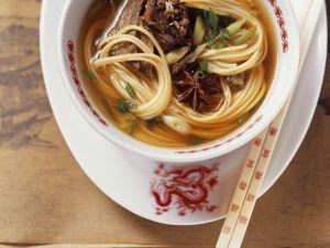 Nudelsuppe nach chinesischer Art Rezept