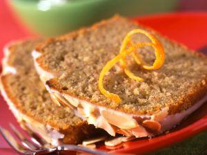 Nuss-Gewürz-Kuchen Rezept