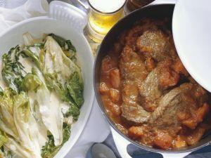 Ochsenfleisch mit geschmortem Endiviengemüse Rezept