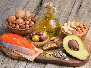 Tagesbedarf Fett: Welche Menge sollte aufgenommen werden?