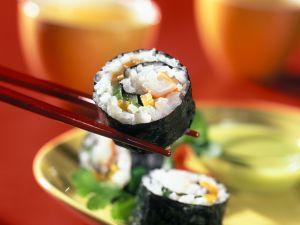Omelett-Gurken-Surimi-Sushi Rezept