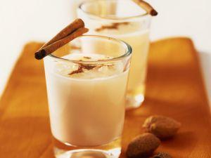 Orangen-Mandel-Milch mit Zimt Rezept