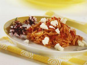 Orzo mit Tomaten und Schafskäse Rezept