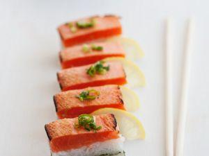 Oshi-Sushi mit Lachs Rezept