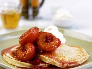 Pancakes mit Kompott Rezept