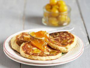 Pancakes mit Mirabellenkonfitüre Rezept