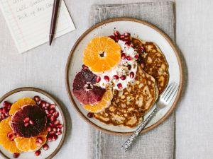 Pancakes mit Orangen und griechischem Joghurt Rezept