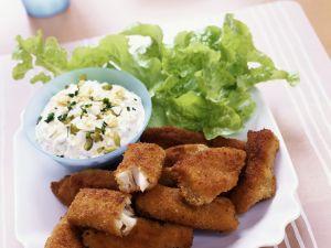 Panierte Fischstückchen mit Remoulade Rezept