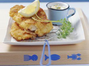 Paniertes Fischfilet mit Remoulade Rezept