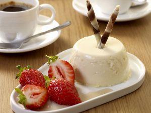 Panna cotta mit Balsamico-Erdbeeren Rezept