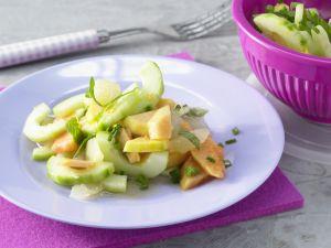 Papayasalat mit Gurken Rezept