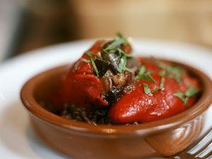 Paprika mit Auberginenfüllung Rezept