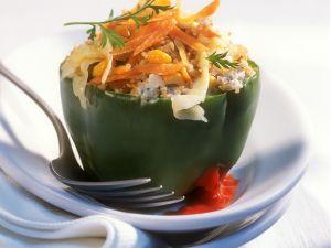 Paprika mit Grünkern-Möhren-Füllung Rezept