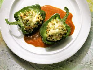 Paprika mit Grünkernfüllung Rezept