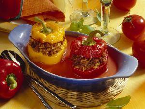 Paprika mit Hackfleisch-Reisfüllung Rezept