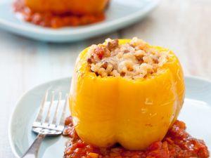 Paprika mit Reisfüllung Rezept
