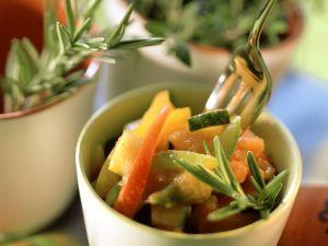 Paprika-Zucchini-Gemüse mit Kräutern der Provence Rezept