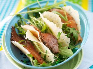 Parmesanchips mit Lachs Rezept