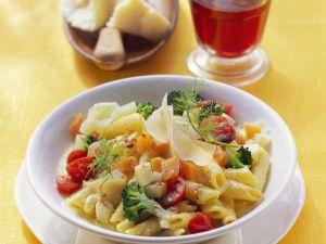 Pasta mit Gemüsesoße Rezept